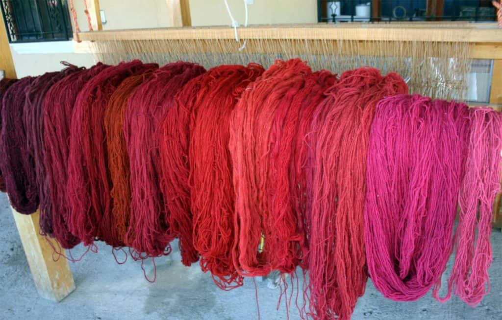 Creating different red hues for Oxacan rugs