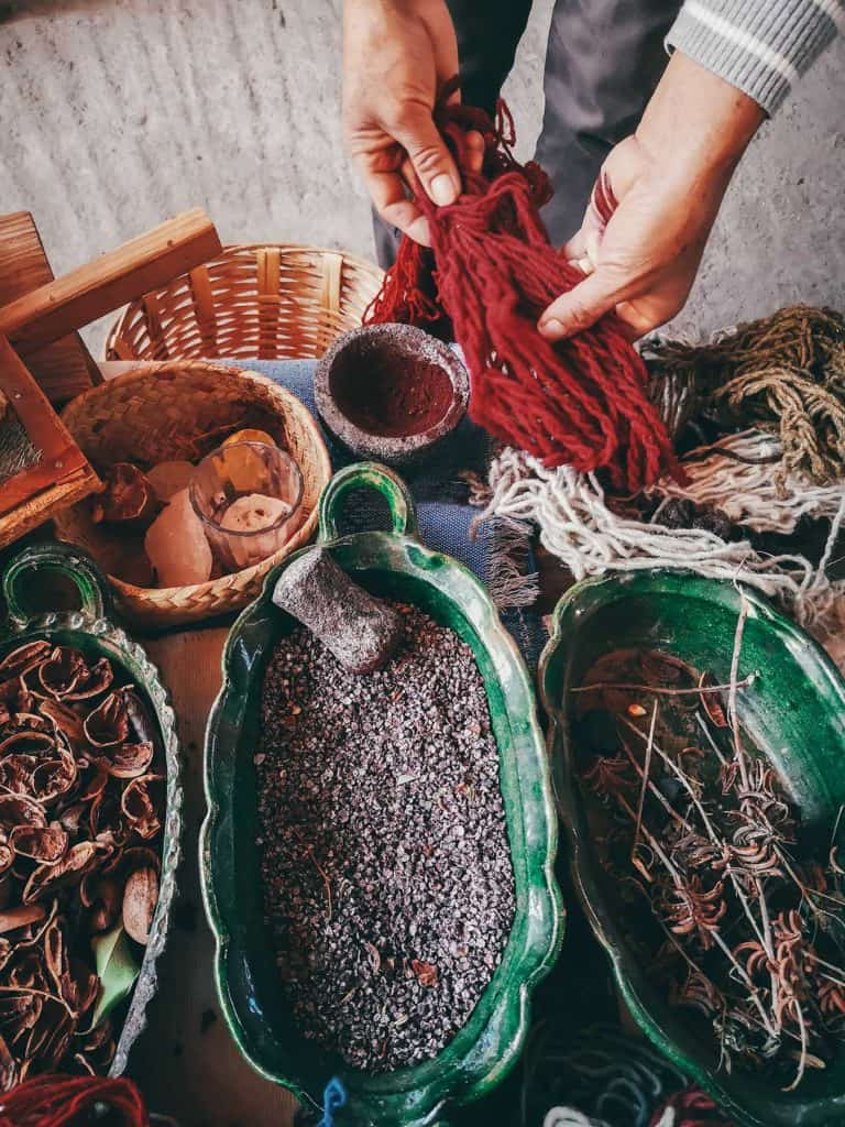 Red natural dye from dried cochineal - Making Mexican rugs from Oaxaca